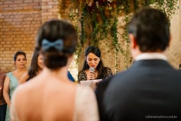 Casamento descontraído no Celeiro Quintal