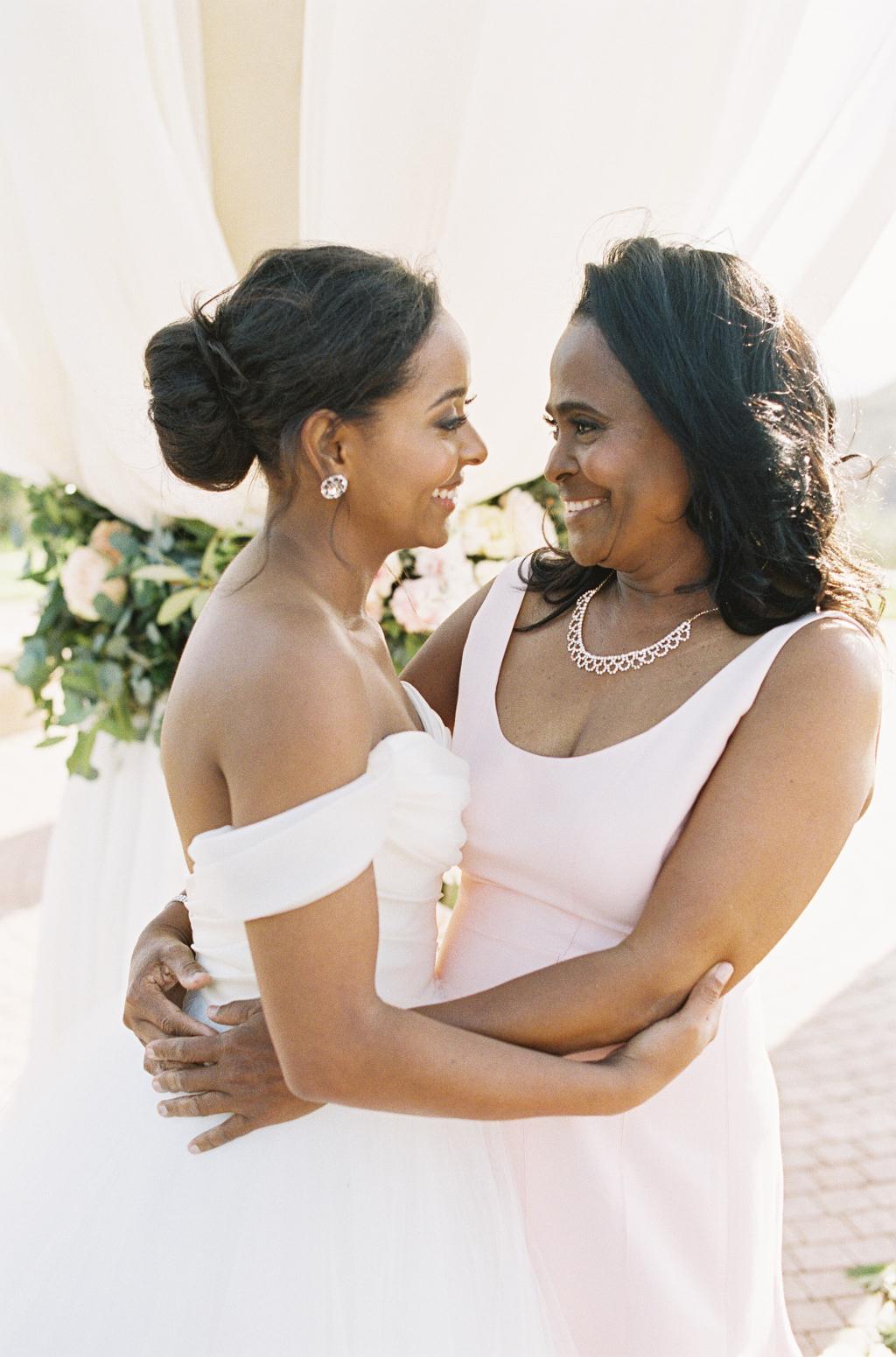 Como homenagear as maes dos noivos no casamento 10