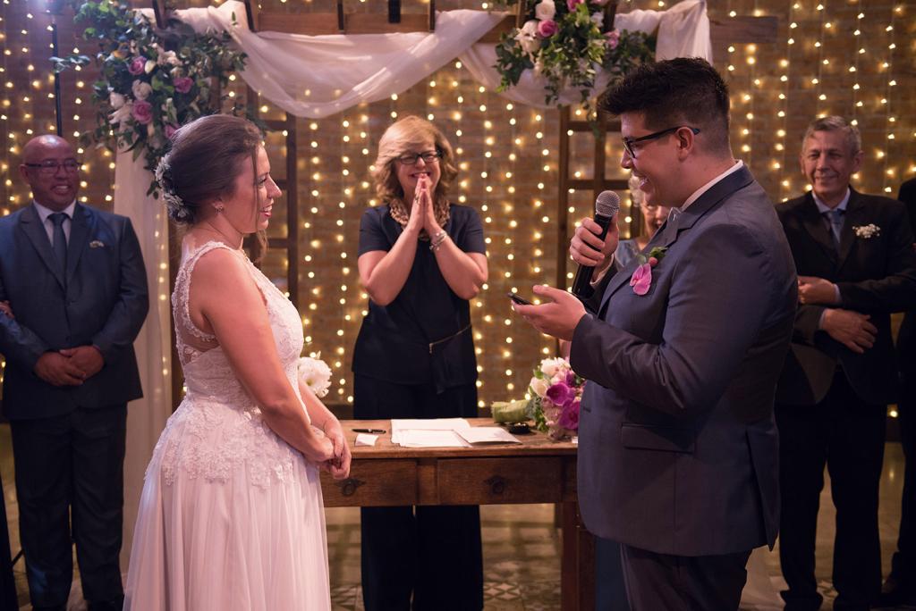 Thauana e Gustavo Casamento simples e feliz 0398